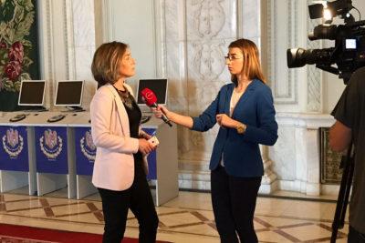 Întrebări și Interpelări - Oana Bîzgan - Deputat în Parlamentul României