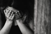 Victimele violenței domestice, protejate prin legea 217 pe 2003, dar puse în pericol de nou Cod de Procedură Penală